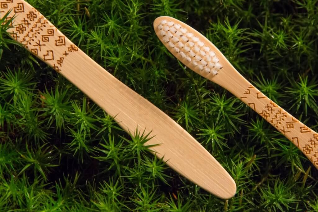 Bambusová kefka Čičmany